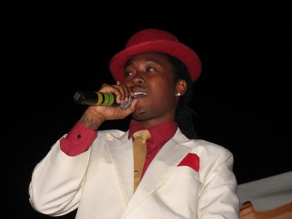 Dominica 2014 calypso king dice